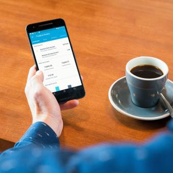 La aplicación móvil de Xero en un dispositivo móvil
