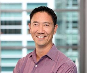 Headshot photo of Robby Kwok