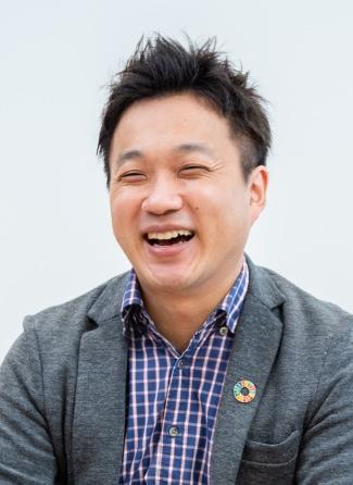 Headshot of Kazushi Iizuka