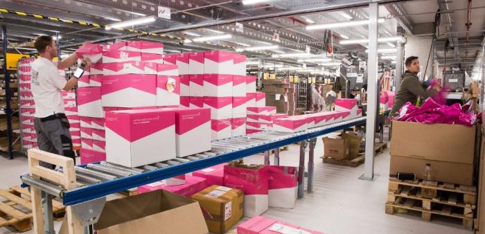 Veepee's warehouse factory.
